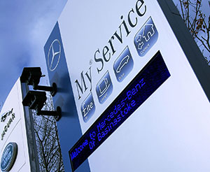 Mercedes at your service - with a little help from LEDsynergy