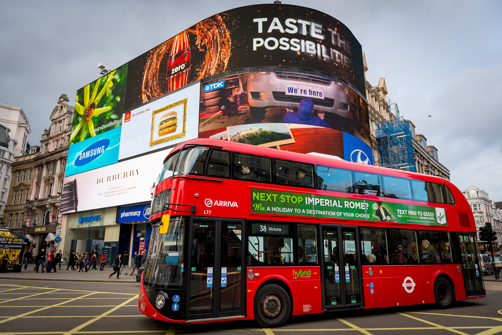 Piccadilly Circus Billboard Targeting Drivers